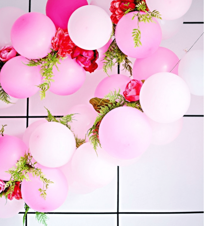 10 simple yet coolest diy baby shower balloon decorations for Balloon decoration for baby shower