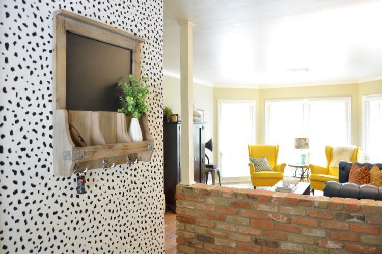 DIY Dalmatian wall print (via lesleymyrick)