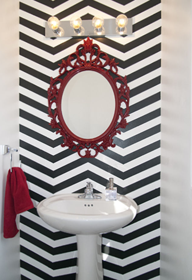 DIY chevron stenciled wall  (via hometalk)