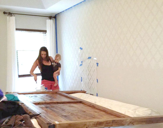 14 Stylish DIY Stencil Wall D Cor Projects Shelterness
