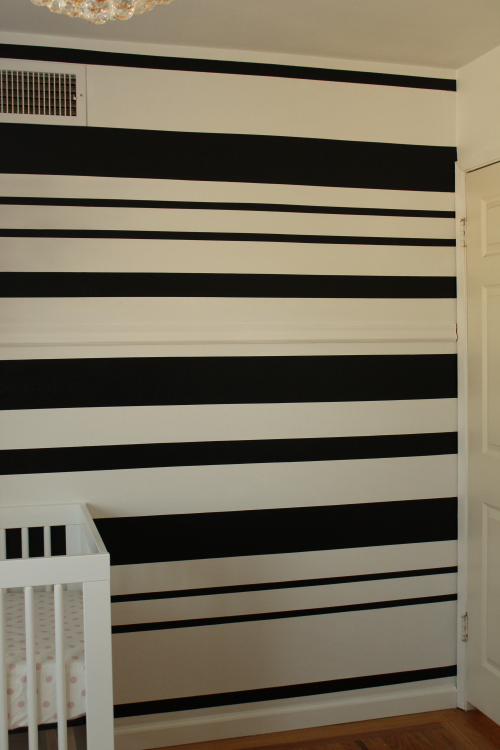 DIY black and white stripe stencil wall (via https:)