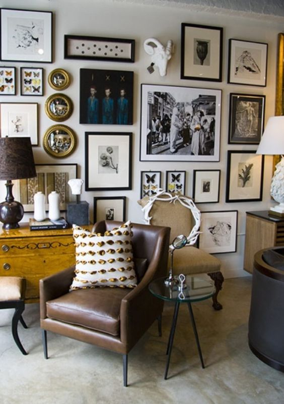 26 vintage gallery walls ideas for refined home d cor for Home design picture gallery