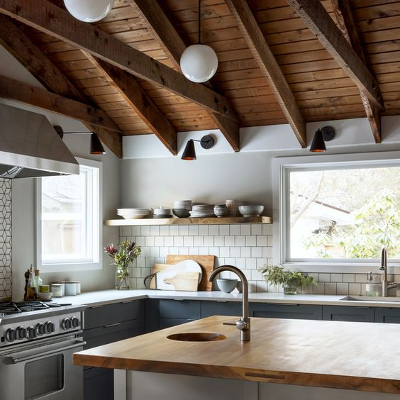 51 cozy wood ceiling ideas to warm up your space shelterness for Adding wood beams to ceiling