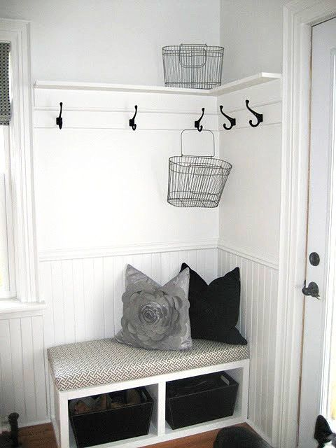7 small mudroom d cor tips and 23 ideas to implement them