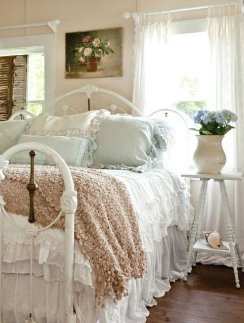 coastal shabby chic bedroom