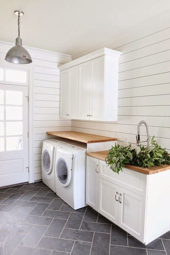 farmhouse mudroom laundry