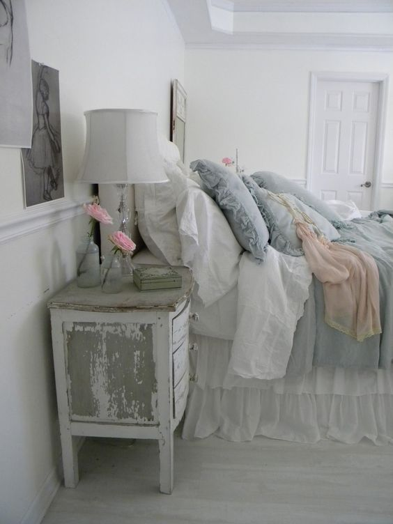 greyish shabby chic bedroom - Ideas For Shabby Chic Bedroom