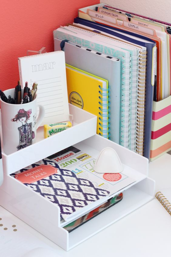 simple white paper organizer