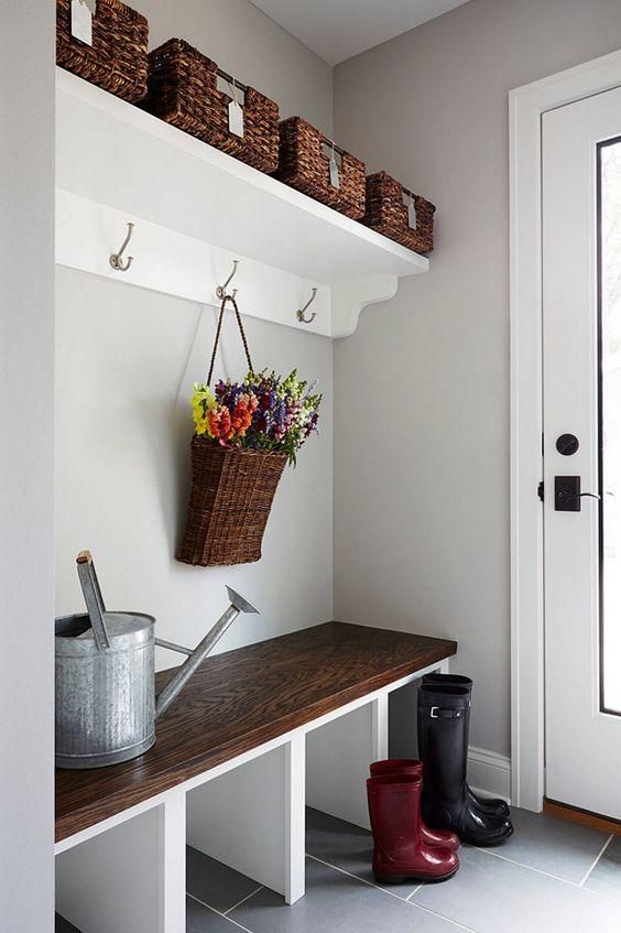 built-in mudroom bench and shelving