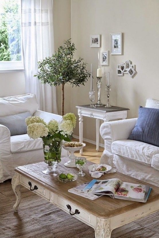 26 charming shabby chic living room d cor ideas shelterness for Trendy living room