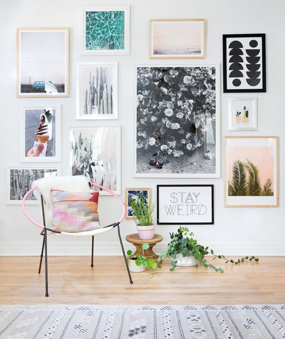 How To Create An Art Gallery Wall: 5 Tips And 25 Ideas - Shelterness