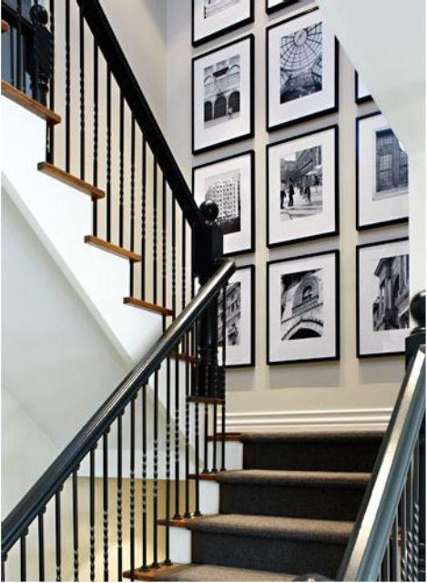 minimal black frames of the same size