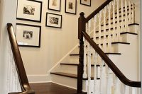 14 minimalist black frames on the stairway