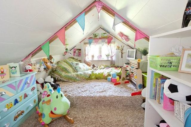 30 cozy attic kids rooms and bedrooms shelterness - How to decorate kids bedroom ...