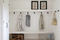 14 sleek built-in mudroom bench