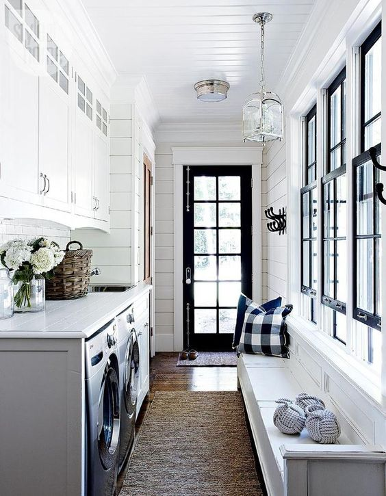 modern farmhouse mudroom laundry