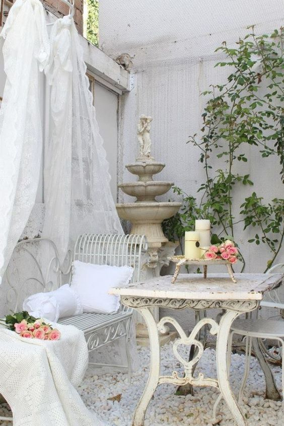 French-styled shabby chic fountain