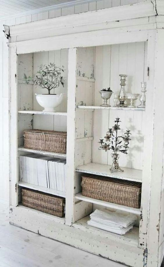 Perfect whitewashed shabby chic shelving cabinet