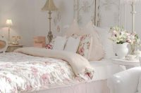 21 shabby chic bedroom with a metal screen headboard