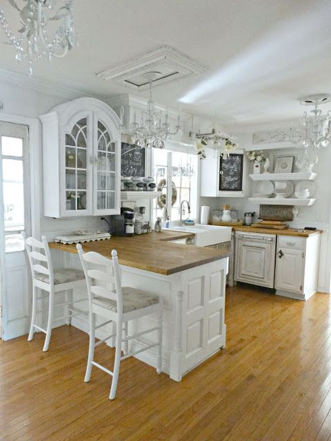 all-white shabby chic kitchen decor