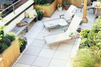 25 rooftop garden with wooden planters in rows