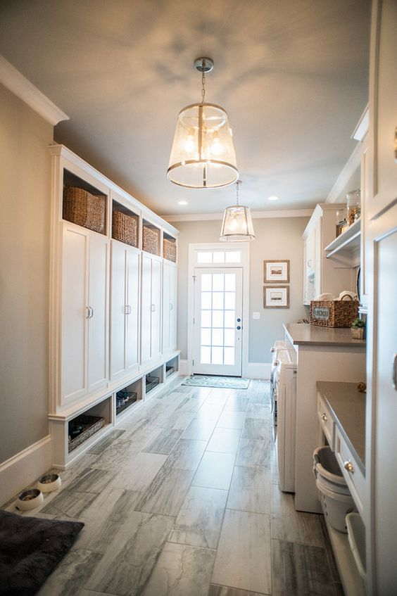 spacious mudroom laundry