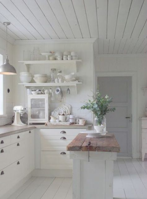 whitewashed shabby chic kitchen