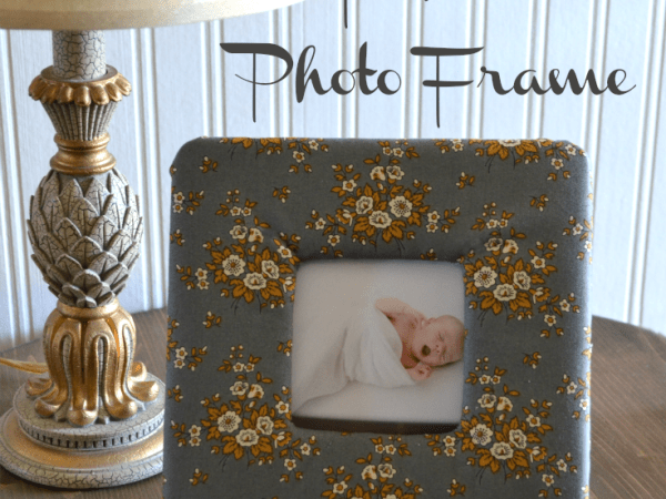 DIY wooden fabric photo frame (via sondralynathome)