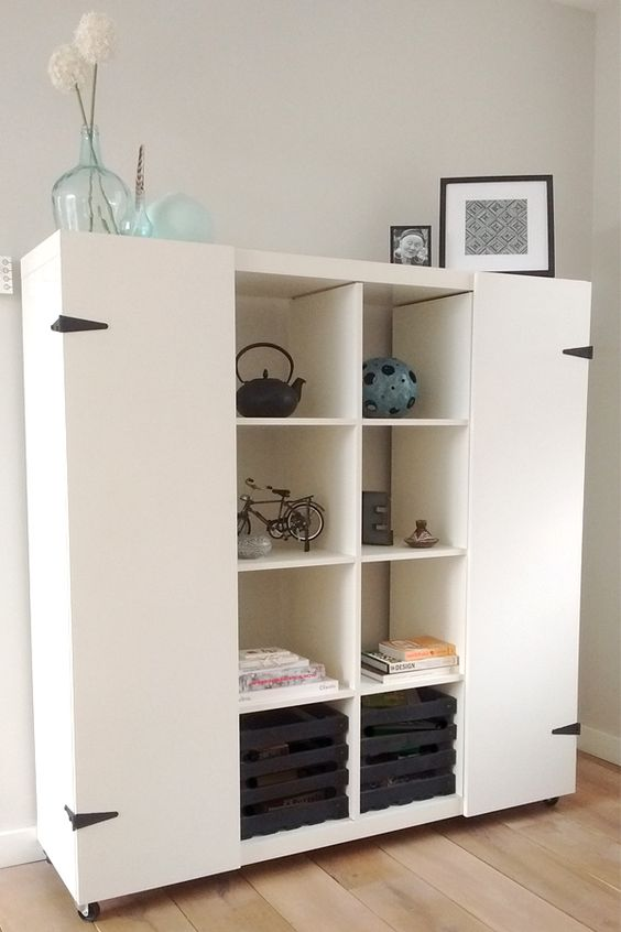 35 diy ikea kallax shelves hacks you could try shelterness. Black Bedroom Furniture Sets. Home Design Ideas