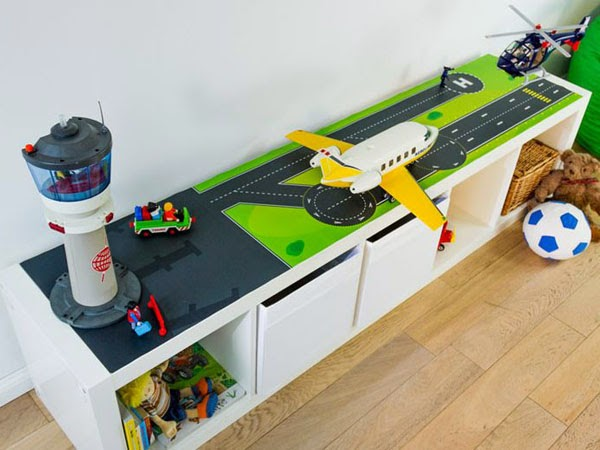 Kallax airport for a boy's room (via www.mommodesign.com)
