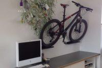 DIY bike mounts from Ribba ledges