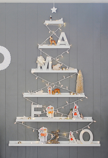 DIY ribba ledge Christmas tree (via shelterness)