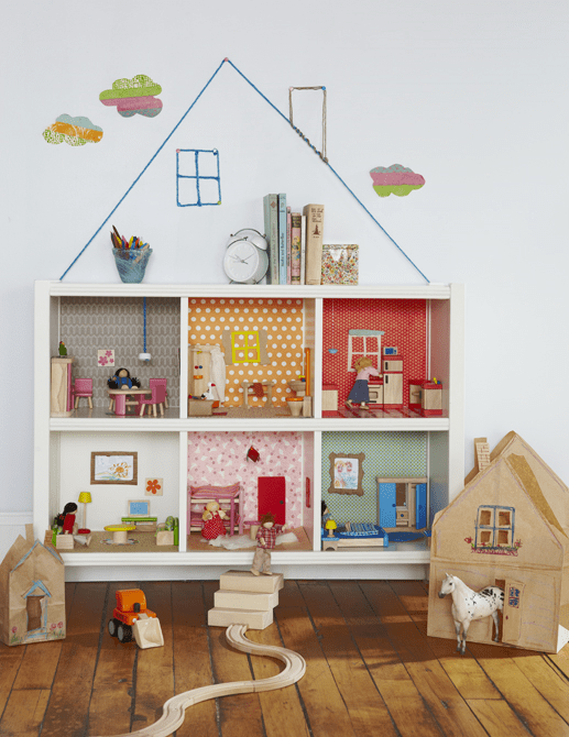 DIY Kallax dollhouse (via blog)