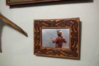 DIY vintage belt picture frame