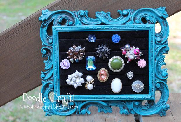 DIY vintage frame ring display (via instructables)