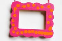 DIY bold patterned wooden pciture frame