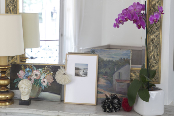 DIY paper picture frame (via ohhappyday)
