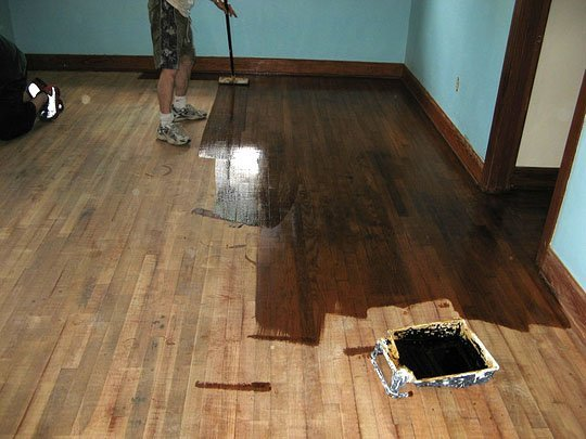 How to refinish wood floors 11 cool diys shelterness for Resurfacing wood floors