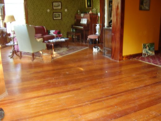 DIY wood floor refinishing (via https:)