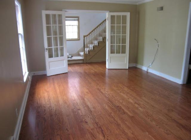 DIY hardwood floor refinishing (via huffingtonpost)