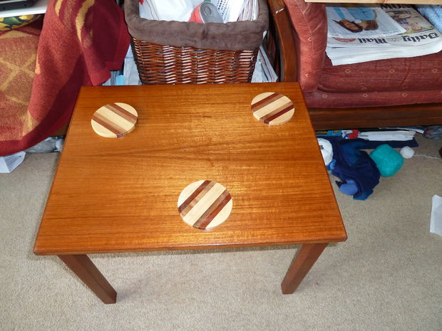 How to restore a wooden table (via instructables)