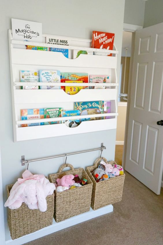 Amazing Bookshelves And Baskets Hung For Storage