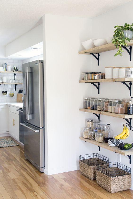 27 smart kitchen wall storage ideas shelterness for Kitchen wall storage ideas