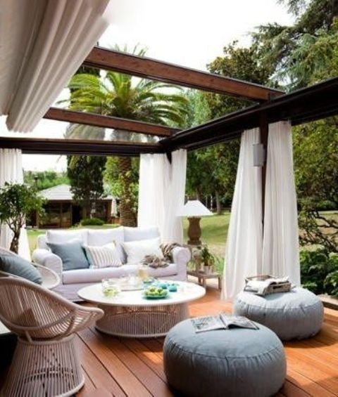 23 modern gazebo and pergola design ideas you 39 ll love for Decorating outdoor spaces