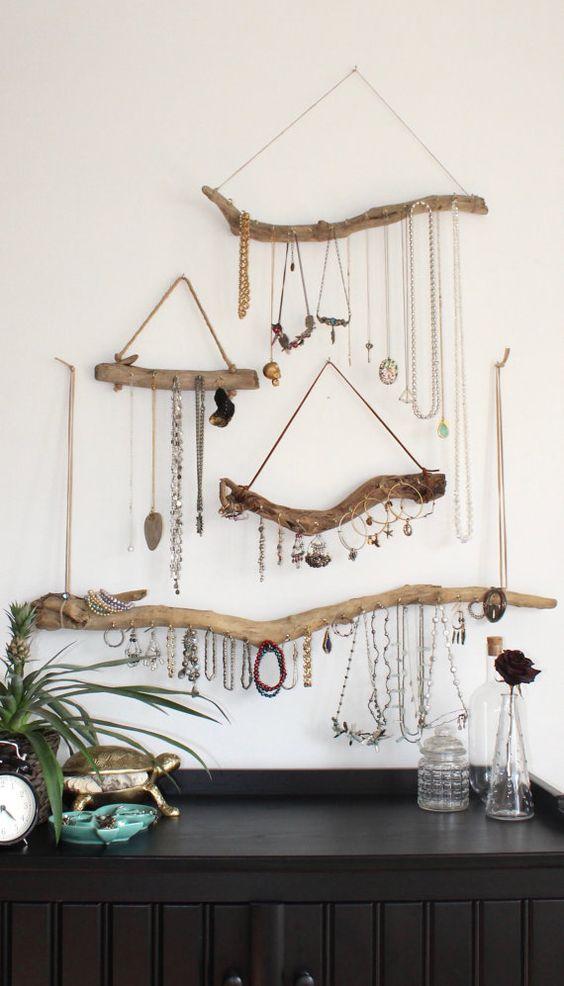 handmade driftwood jewelry hangers