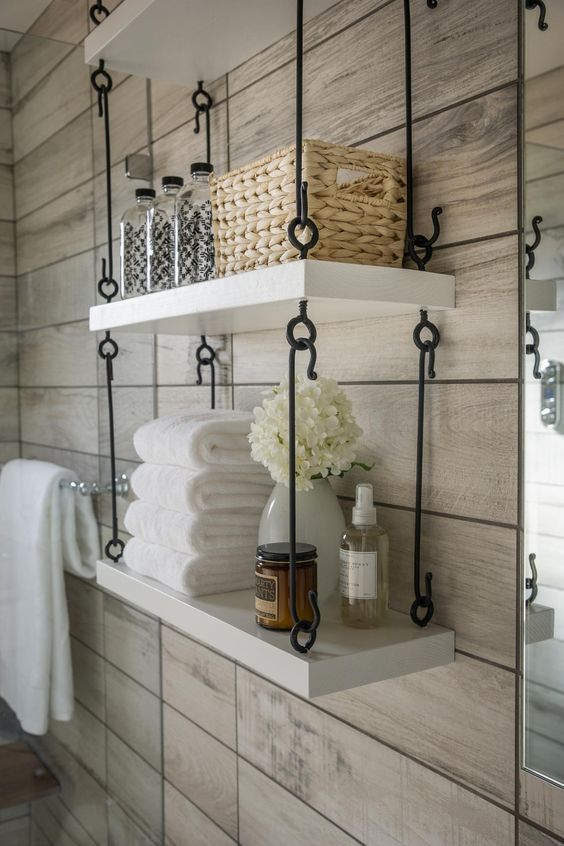 Luxury hanging shelves with hooks