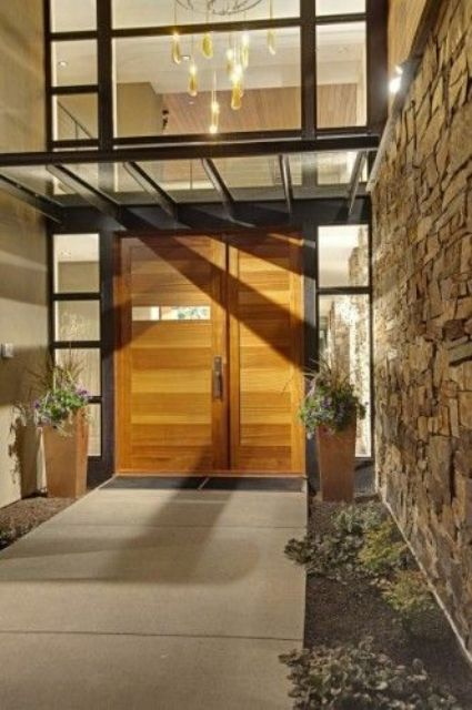wooden planked design combines with sidelights too