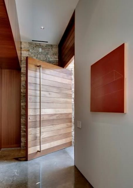Oversized Modern Wood Slabs Entry Door. Oversized Modern Wooden Planks  Design