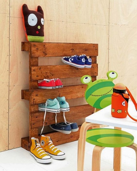pallet transformed into a sneaker shelf