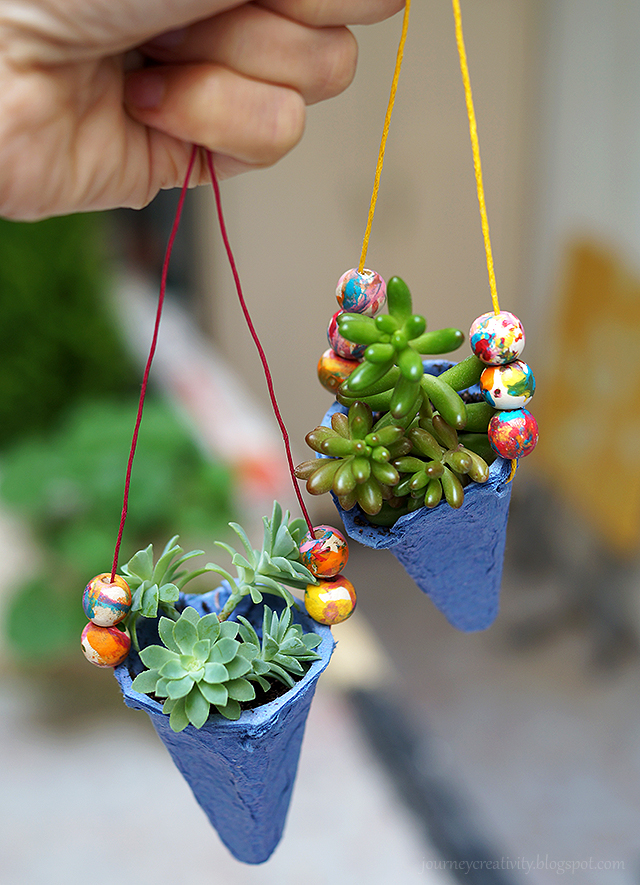 DIY egg carton pots (via journeycreativity.blogspot.ru)